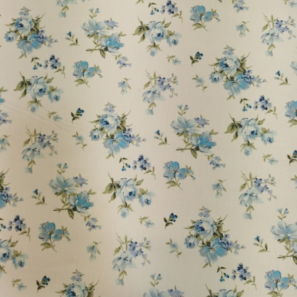Floral Poplin Design 27 Sky Blue Flowers on Ivory