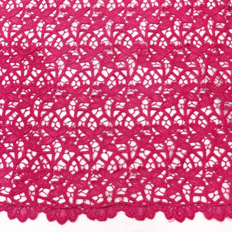 Scalloped Willow Lace CERISE