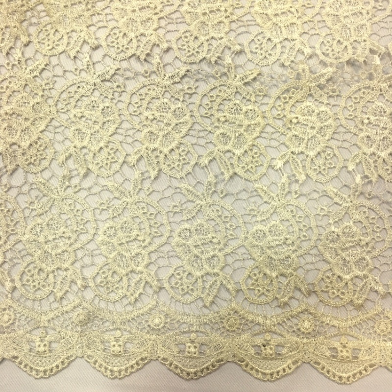 Scalloped Floral Lace CREAM
