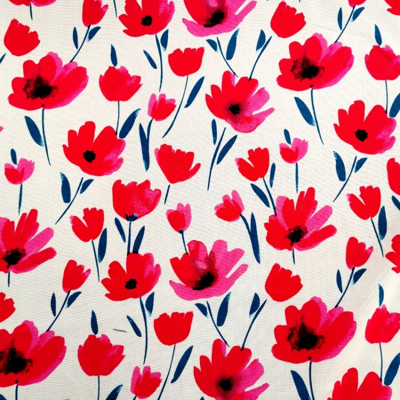 Viscose Chalis POPPYS ON WHITE